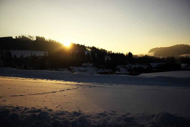 Východ slunce nad Lačnovem