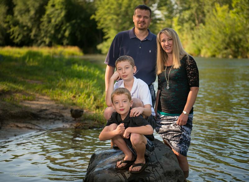 Kelsch Family-15.jpg