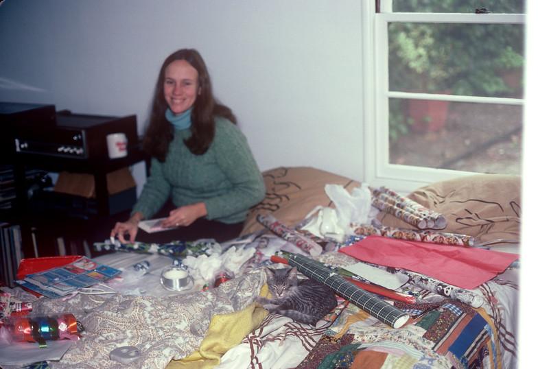 1983-12 Cassie & Chris.jpg