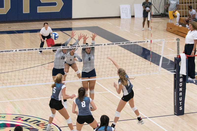 HPU Volleyball-93009.jpg