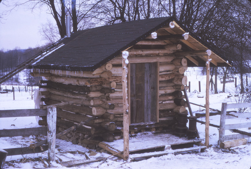Cabin 1975 - 070.jpg