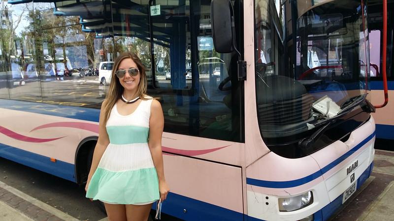 Bermuda-Public-Transportation-Bus-01.jpg