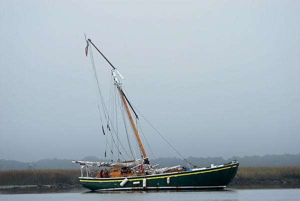 "Dismasted Sailboat ""Wanderer"" 12-13-06 thru 04-13-09"