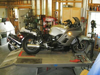 2002 wrecked Connie in garage