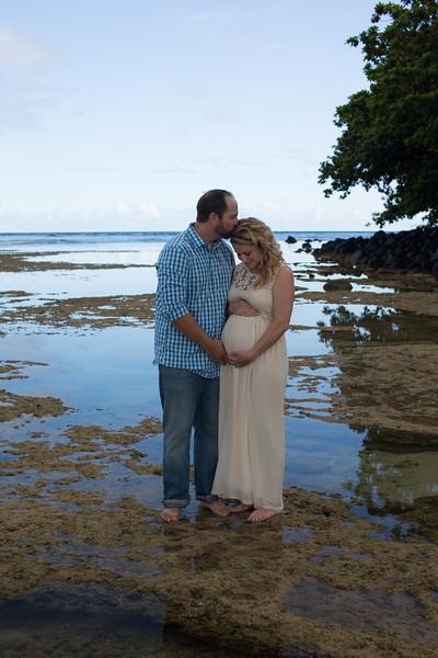 Kauai maternity photography-14.jpg