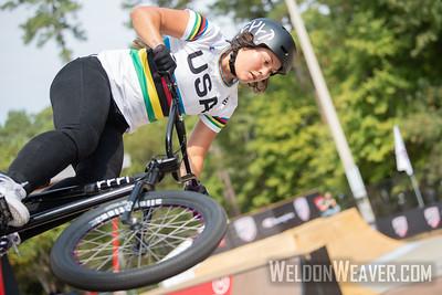 19-10 Freestyle BMX UCI