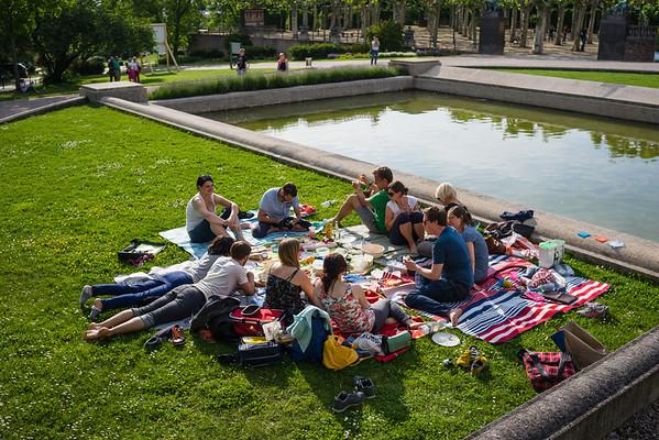 140523 Picknick Mathildenhöhe