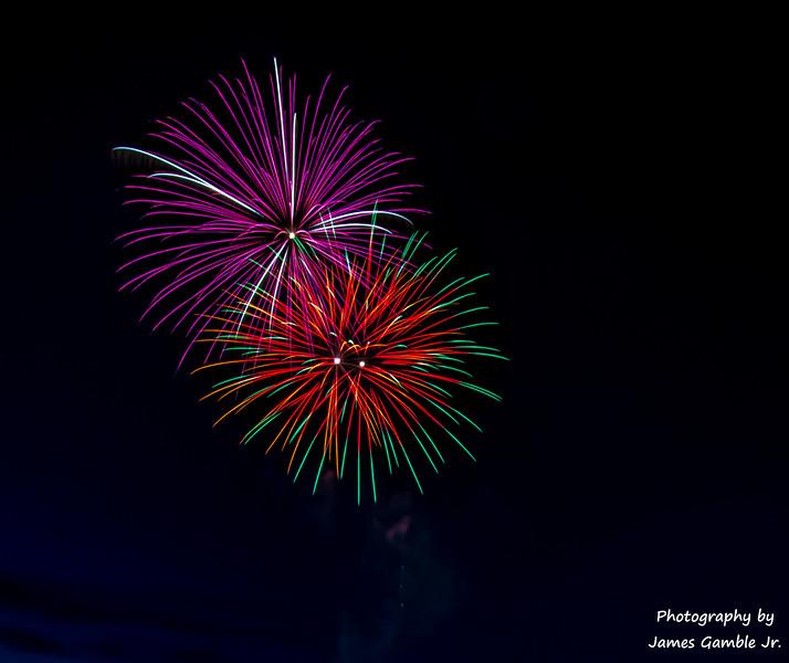 Fourth-of-July-Fireworks-2016-0315.jpg