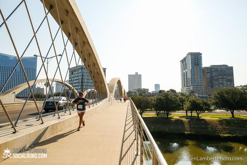 Fort Worth-Social Running_917-0320.jpg