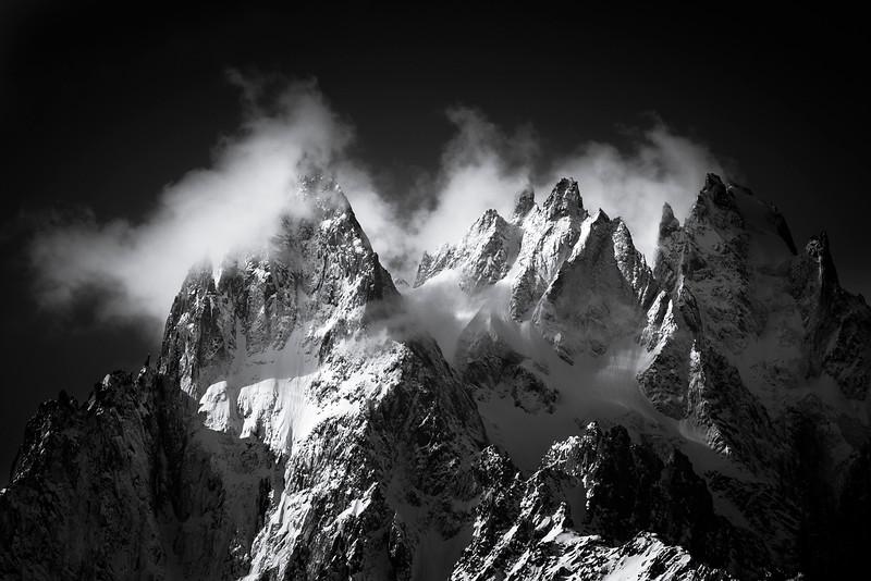 Alpes crêtes b&w.jpg