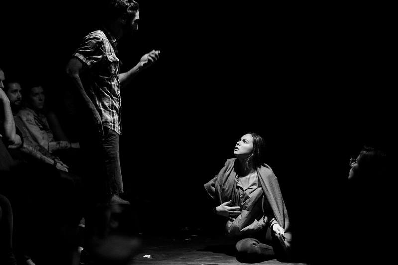 Allan Bravos - Fotografia de Teatro - Indac - Migraaaantes-214-2.jpg