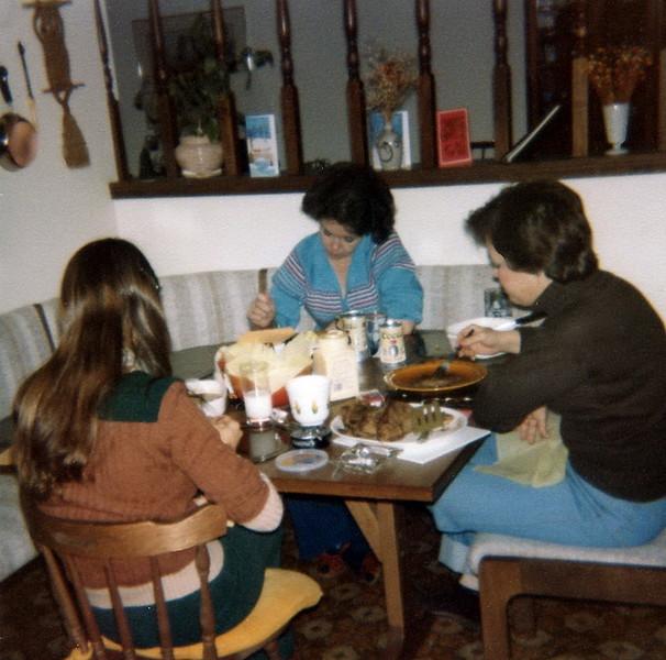 121183-ALB-1979-80-6-005.jpg