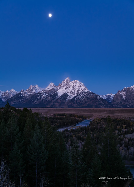 Grand Tetons Moonlight 0368.jpg
