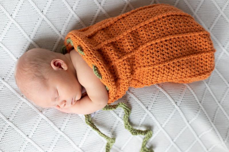Beckett Newborn-53.jpg