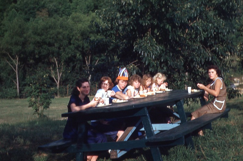 1953 - Girls Picnic.jpg