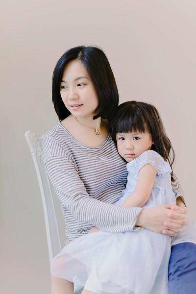 Lovely_Sisters_Family_Portrait_Singapore-4401.JPG