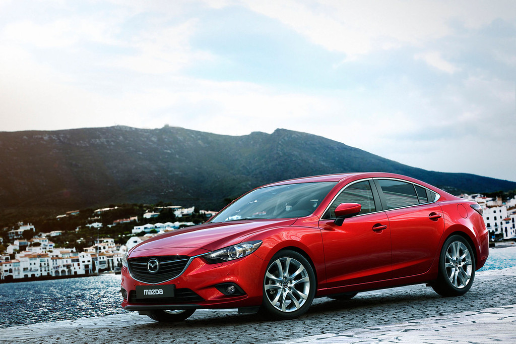 . All-New 2014 Mazda6 Sedan Makes Global Debut in Moscow.  (PRNewsFoto/Mazda North American Operations)
