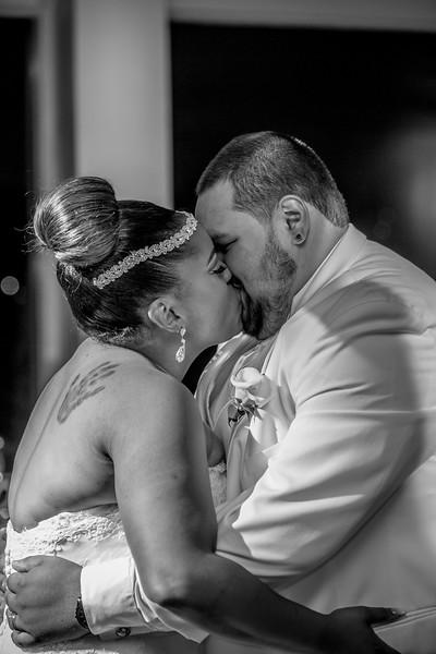MEG_5576_tonya_josh_new jerrsey wedding photography.jpg