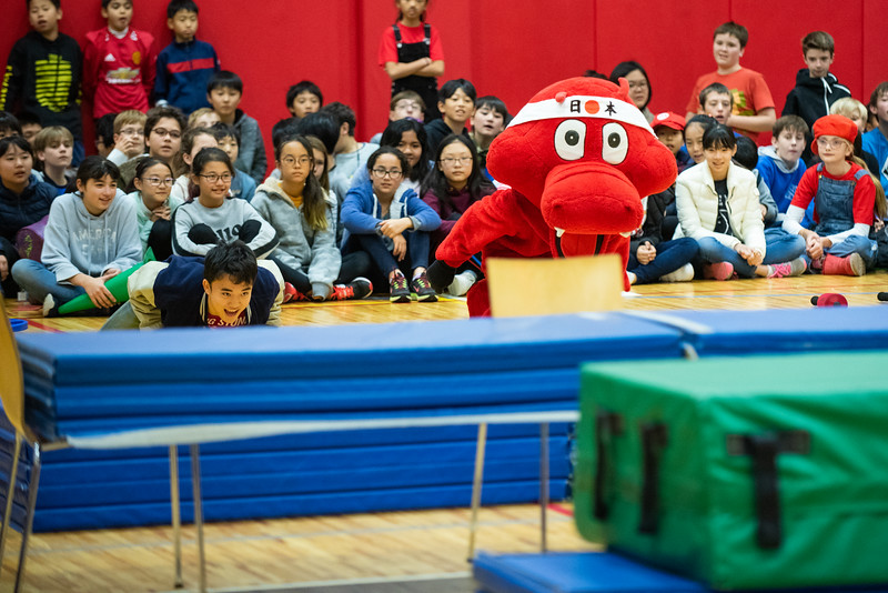 Spirit Week-Games in Gym-ELP_6075-2018-19.jpg