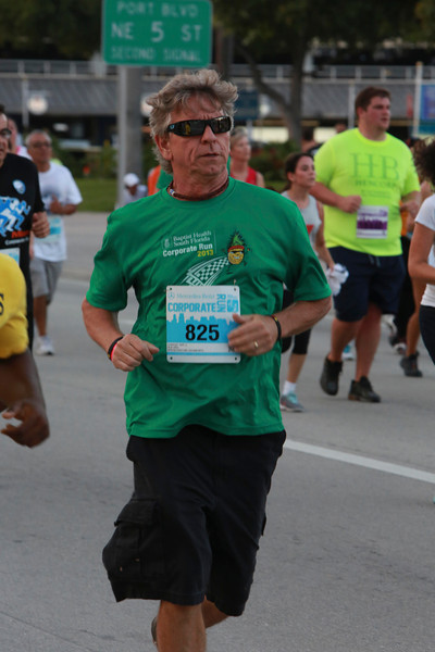 MB-Corp-Run-2013-Miami-_D0655-2480614725-O.jpg