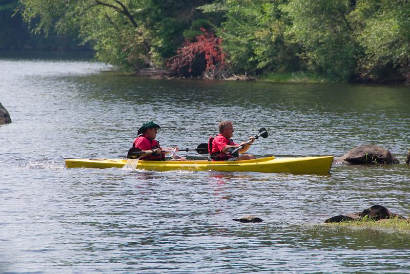 Ken and Ben in Double Kayak   (Sep 08, 2007, 12:15pm)