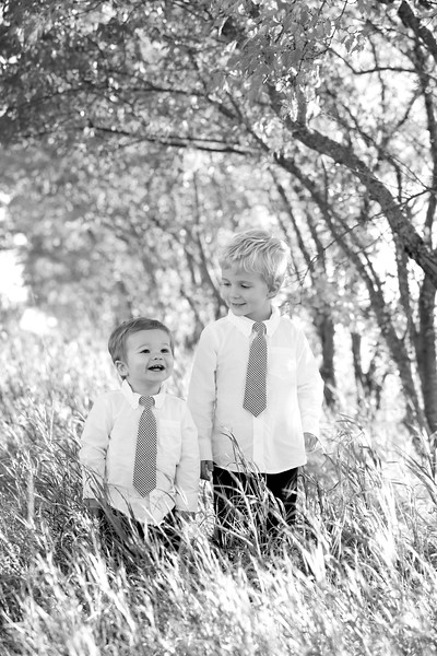 13bw Jacob+Wyatt | Nicole Marie Photography.jpg