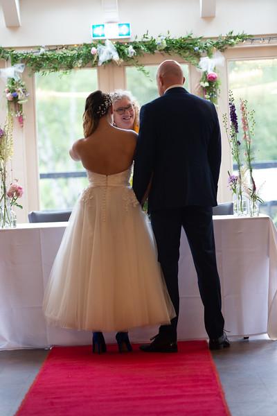 Sam_and_Louisa_wedding_great_hallingbury_manor_hotel_ben_savell_photography-0085.jpg
