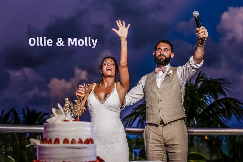 Ollie & Molly Cancun