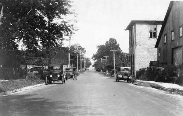 1928-Franklin and Adams Streets.jpg