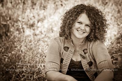 Jennifer Gish Senior Portraits