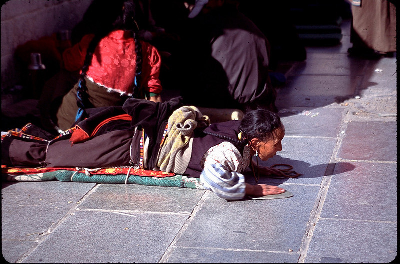 prostrate at Jokhang Temple