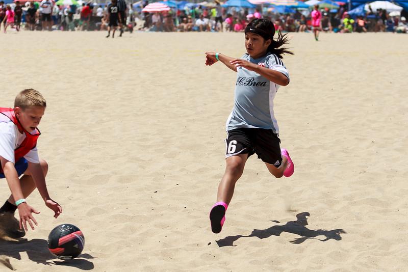 2014.06.07 Sand Soccer AC Brea vs Chelsea 0006.jpg
