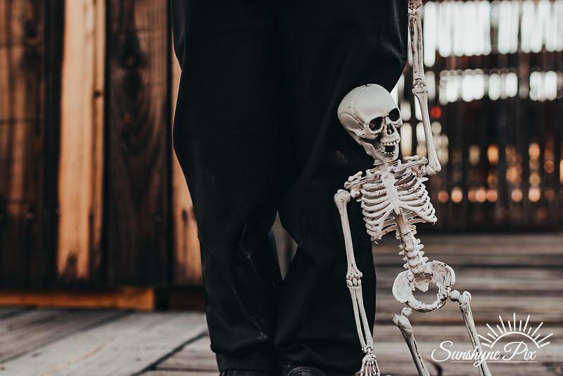Skeletons-8476.jpg
