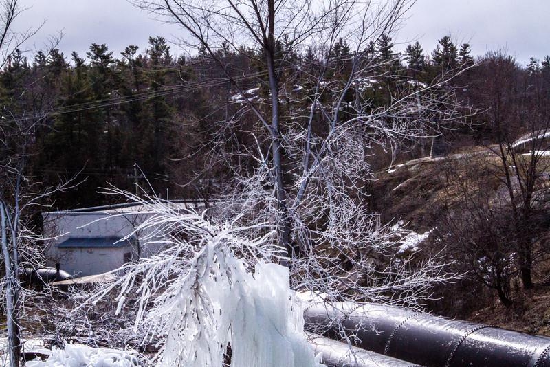 frozen water pipe-2350.jpg