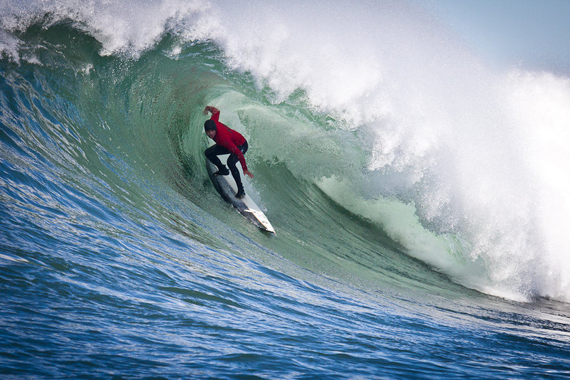 . Shawn Dollar pulls in. Photo by Ben Ingram of Ben Ingram Visuals and http://www.santacruzwaves.com
