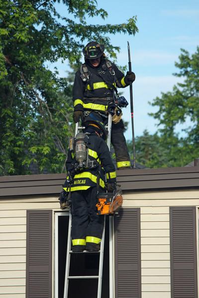 lawrence fire 62124.jpg
