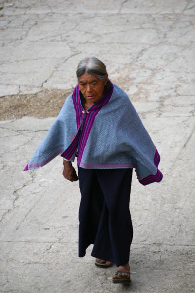 Vêtement femme Tsotzil Zinacantan0106.jpg