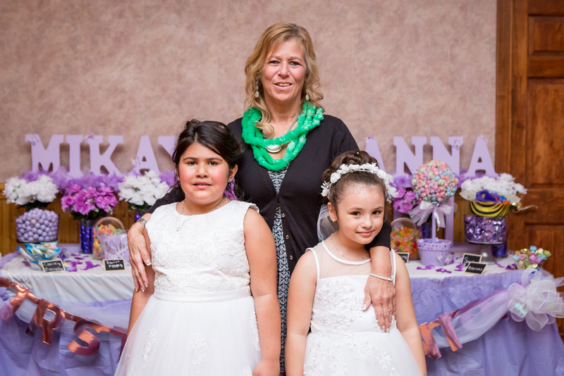 Mikayla and Gianna Communion Party-124.jpg