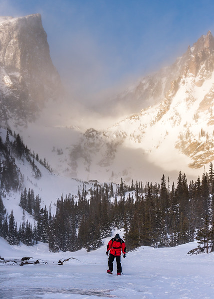 Dream Lake Snowshoeing