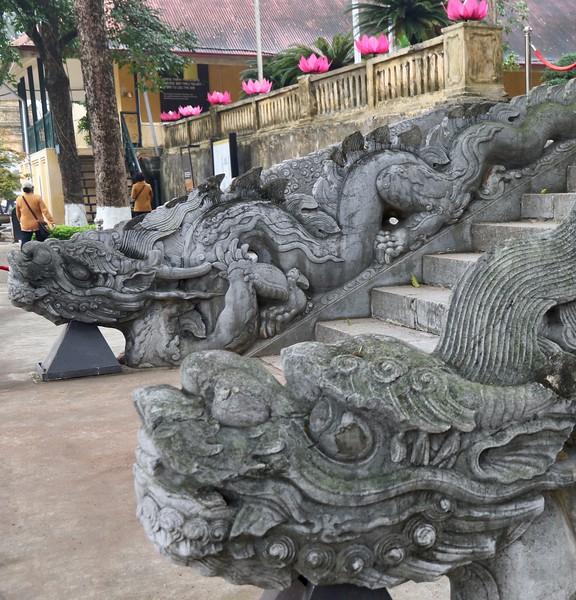 Temple at Thăng Long