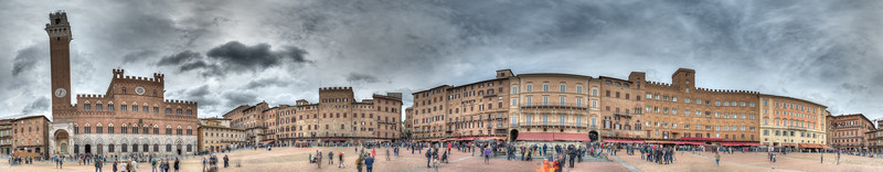 Piazza del Campo - Siena, Italy - April 5, 2015