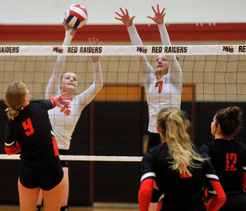 103118 Volleyball: Huntley vs St. Charles East (GS)
