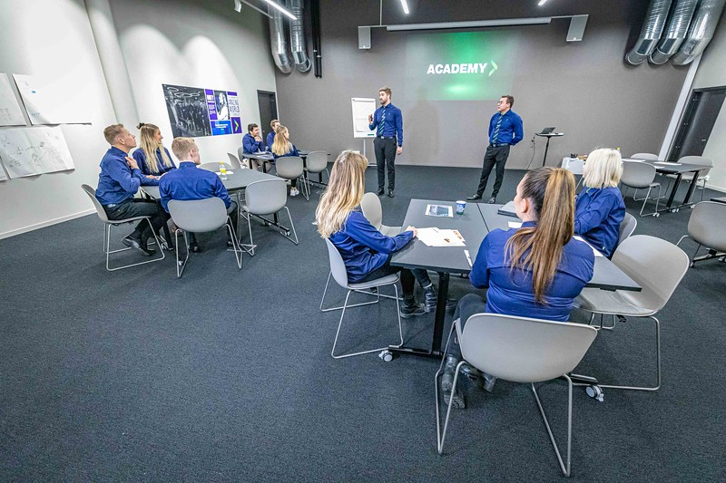 2019-10-23 Elkjøp Education photoshoot- 4000pix -4.jpg