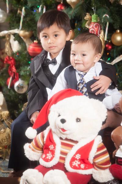 Pioneer Home Christmas December 25, 2013 0076.JPG