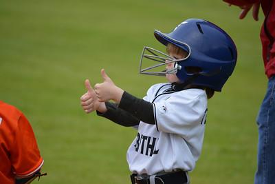 2013_Baseball_GreyWolves