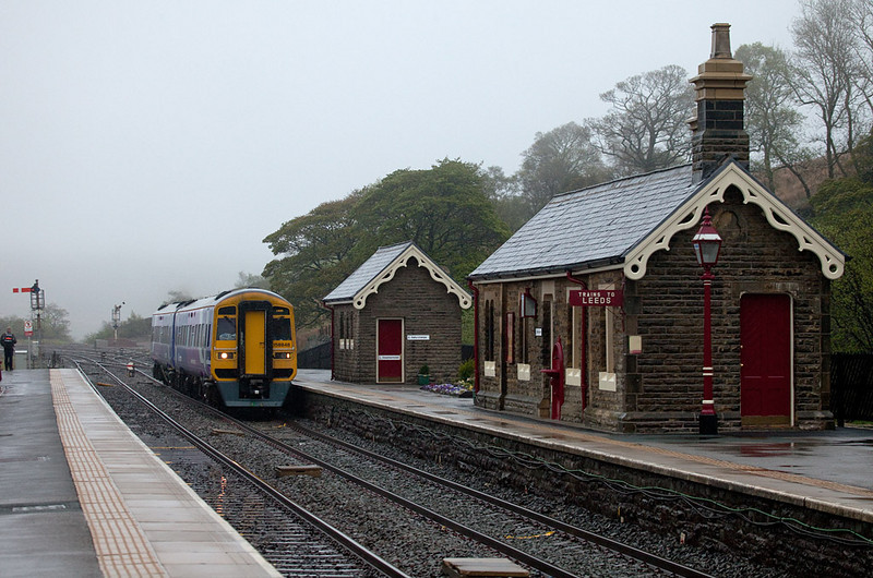 158 848 bound for Leeds in Garsdale.