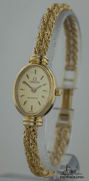 Gold Watch-2716.jpg