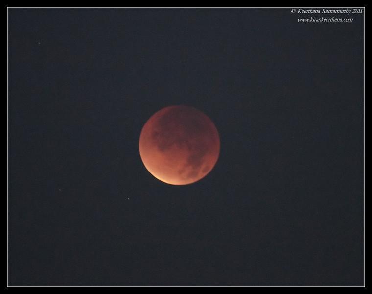 Last Lunar Eclipse of 2011, La Jolla Cove, San Diego County, December 2011