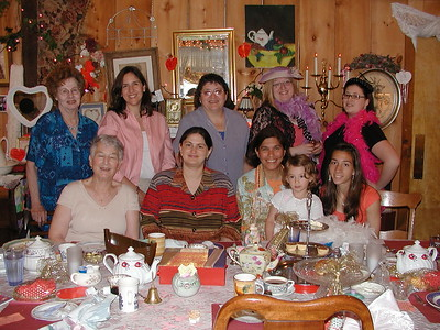 Community Life - Presvytera Loredana Tea - June 1, 2007