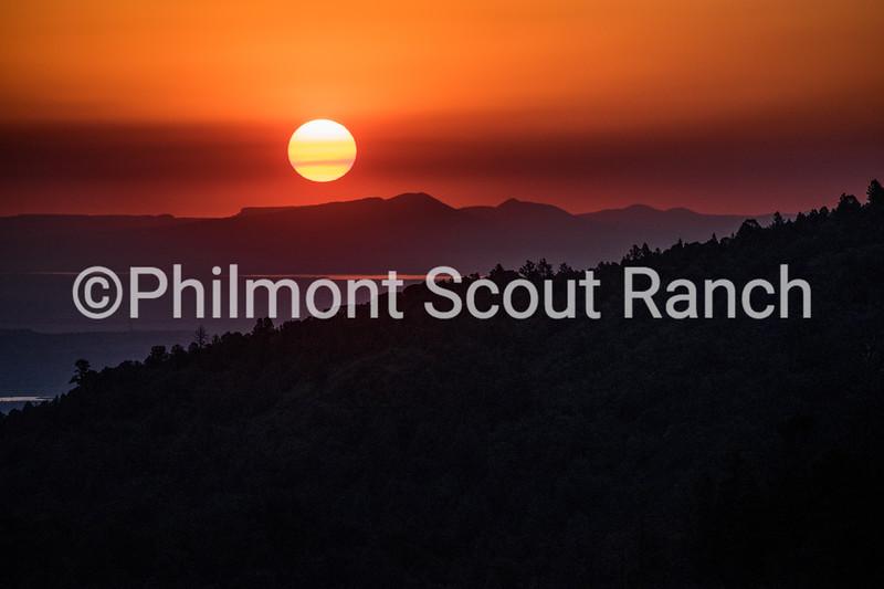 2017_ThirdPlace_Philmont Skies_ThomasMejia_Looming Sunrise _Lovers Leap _184.jpg